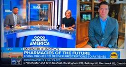 Phóng viên ABC News dính phốt 'không quần dài' lên sóng truyền hình