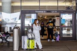 Mỹ phát miễn phí 96 triệu khẩu trang cho khách đi tàu, máy bay