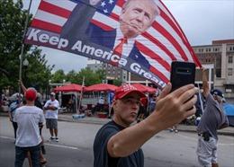 Bầu cử Tổng thống Mỹ: Chưa thể sớm loại ông Trump dù thăm dò dư luận bết bát