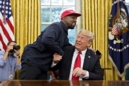 Động cơ khiến ca sĩ Kanye West tranh cử Tổng thống Mỹ: Làm suy yếu ông Joe Biden?