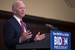 Bầu cử Mỹ: Ông Biden củng cố hình ảnh dân túy khi chỉ trích ông Trump và Phố Wall
