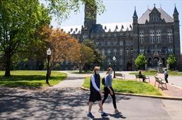Thế giới Tuần qua: Quyết định gây tranh cãi của Mỹ với sinh viên nước ngoài, COVID-19 diễn biến phức tạp