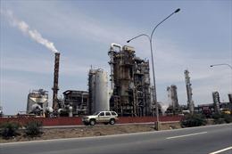 Venezuela thiếu nhiên liệu trầm trọng hơn sau sự cố tại nhà máy lọc dầu