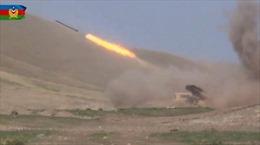 Chiến sự ác liệt tại Nagorny-Karabakh sang ngày thứ hai, cộng đồng quốc tế kêu gọi kiềm chế