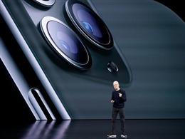 Apple mất 450 tỉ USD sau khi cán mốc giá trị vốn hóa hơn 2.000 tỉ USD