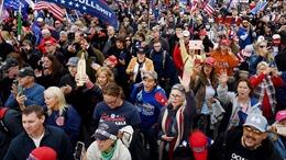 Đụng độ giữa người biểu tình ủng hộ và phản đối Tổng thống Mỹ Trump tại thủ đô Washington