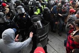 Người biểu tình bạo loạn tại Quốc hội Mỹ đối diện tội danh, mức mức án nào?