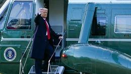 21 loạt đại bác tiễn Tổng thống Trump rời Washington về Florida