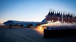 Mỹ bắt giữ đối tượng đột nhập sân bay có Không lực 1 đỗ