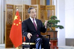 Ngoại trưởng Trung Quốc hối thúc Tổng thống Joe Biden dỡ bỏ thuế trừng phạt