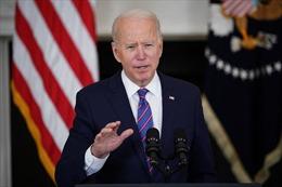 Tổng thống Biden kêu gọi giảm căng thẳng với Nga ngay sau khi áp đặt trừng phạt
