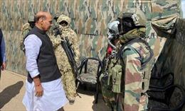 Ấn Độ tăng cảnh giới tại Ladakh do Trung Quốc, Pakistan tập trận ở Tây Tạng