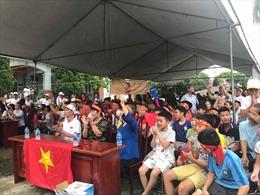 Tường thuật trực tiếp không khí cổ vũ tại quê hương 3 cầu thủ Olympic Việt Nam