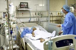 Lần đầu tiên Việt Nam tách gan ghép cho 2 người