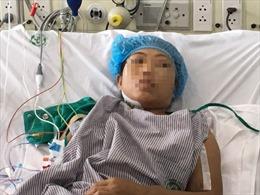 Sự cố chạy thận tại Nghệ An: 2 bệnh nhân chuyển ra Bạch Mai bị sốc nhiễm khuẩn