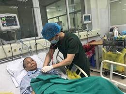 Bệnh nhân số 19 nhiễm virus SARS-CoV-2 chuẩn bị ra viện, sau rất nhiều lần nguy kịch tưởng không qua khỏi