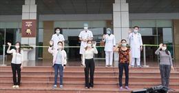 Hai bệnh nhân tái dương tính với virus SARS-CoV-2 sẽ ra viện vào ngày mai (5/5)