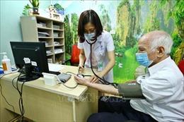 Hà Nội triển khai mô hình chăm sóc người cao tuổi sinh con một bề gái