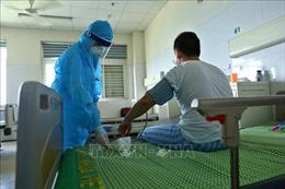Việt Nam còn hơn 9.200 người đang cách ly phòng dịch COVID-19, bệnh nhân người Anh hồi phục từng ngày