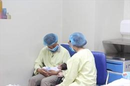 Vừa chào đời đã phải trải qua phẫu thuật tim phức tạp