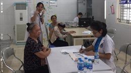 Hà Nội chăm sóc sức khỏe cho người cao tuổi sinh con một bề là gái