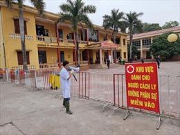 Bắc Giang thực hiện treo biển 'Nhà có người cách ly phòng chống dịch COVID-19'