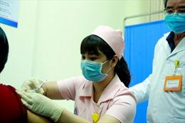 Sáng 15/3, có 6 người đầu tiên được tiêm thử nghiệm vaccine COVIVAC phòng COVID-19