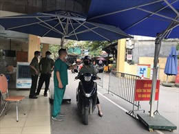 Yêu cầu các bệnh viện định kỳ tổ chức xét nghiệm COVID-19 ngẫu nhiên cho nhân viên