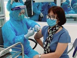 Vaccine COVID-19 không tiêm hết tại các địa phương sẽ được Bộ Y tế thu hồi