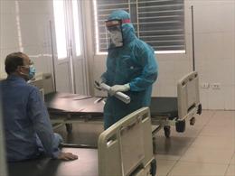 50 bệnh nhân COVID-19 tại Bệnh viện Bệnh nhiệt đới Trung ương khỏi bệnh, xuất viện