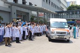 Các y bác sĩ Bệnh viện Hữu nghị tiếp tục lên đường hỗ trợ Tiền Giang chống dịch