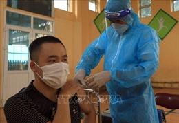 Trưa 13/9, Hà Nội có 15 ca dương tính mới, tiêm thêm được 129.912 mũi vaccine phòng COVID-19