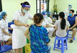 Hà Nội yêu cầu mỗi điểm tiêm chỉ tiêm 1 loại vaccine trong cùng thời điểm