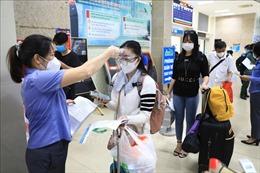 Hà Nội thêm 12 ca dương tính với SARS-CoV-2, có 1 người là lái xe từ TP Hồ Chí Minh về