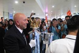 Cúp Ngoại hạng Anh và Cúp Liên đoàn Anh chính thức đến Việt Nam
