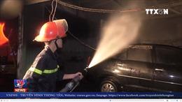 Cháy gara ô tô tại Đà Nẵng
