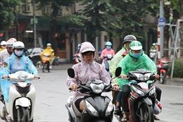 Người  Hà Nội đón đợt gió mùa Đông Bắc đầu tiên trong năm 2018