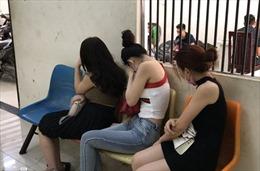 Bắt đường dây bán dâm sử dụng ma túy tại TP Hồ Chí Minh