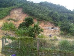 Mưa lớn tiếp diễn, lũ quét, sạt lở đất đe dọa các tỉnh miền Trung