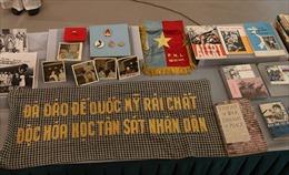 Nữ luật sư Mỹ trao tặng 450 hiện vật về mối quan hệ lịch sử giữa phụ nữ Việt Nam - Hoa Kỳ