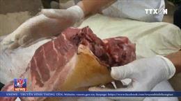 Bắt giữ 300kg thịt lợn mốc xanh, hôi thối tại Lâm Đồng