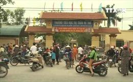 Thái Bình: Lo ngại dịch bệnh, hàng trăm phụ huynh cho con nghỉ học