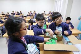 Nhiều lợi ích từ chương trình sữa học đường