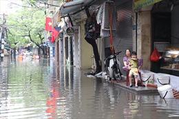 Khu vực ngập trên đại lộ Thăng Long phụ thuộc vào mức nước sông Nhuệ, sông Đà