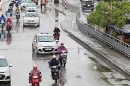 Thời tiết ngày 7/5: Bắc Bộ và Bắc Trung Bộ mưa rào và dông, Nam Trung Bộ nắng nóng gay gắt