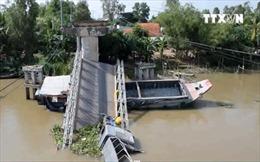 Sập cầu tại Đồng Tháp, 1 người bị thương