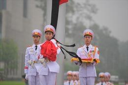 Lễ thượng cờ rủ Quốc tang nguyên Chủ tịch nước Lê Đức Anh