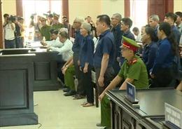 Vũ 'nhôm' bị tuyên phạt 25 năm tù trong vụ án ở Ngân hàng Đông Á