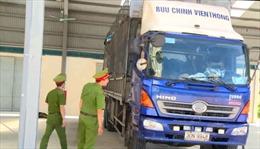 Thanh Hóa bắt giữ xe ô tô chở gần 2 tấn shisha không nguồn gốc xuất xứ