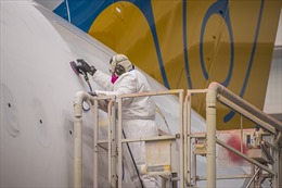 Những hình ảnh Boeing 787-10 của Vietnam Airlines trong nhà máy